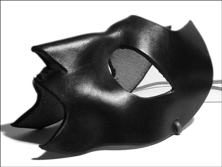 Mask of Eagle Eye