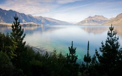 Lake pyros