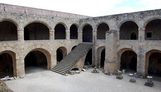 Courtyard of Clymar's Lodge