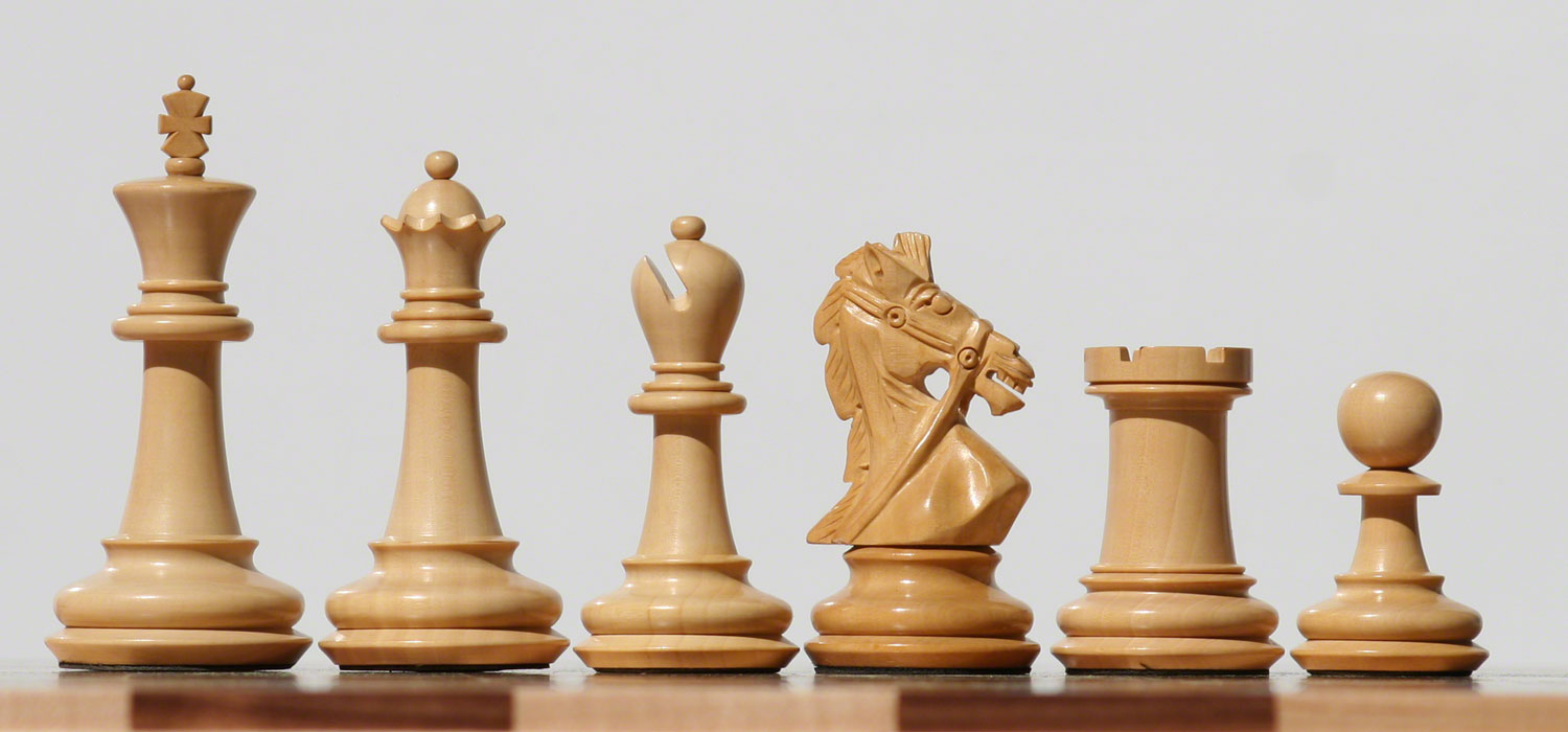 Rein knight chess set w1500