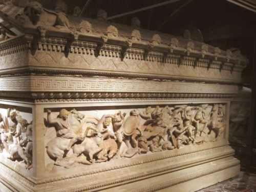 Xul gos sarcophagus