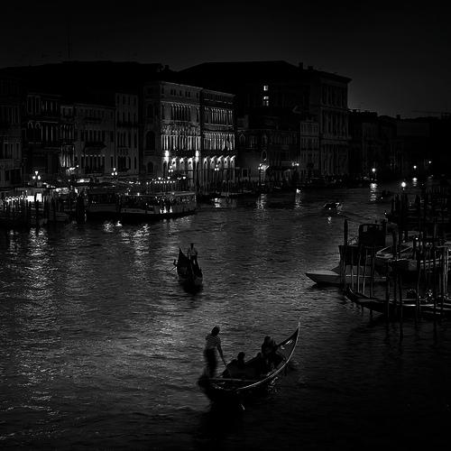 Venice by night2