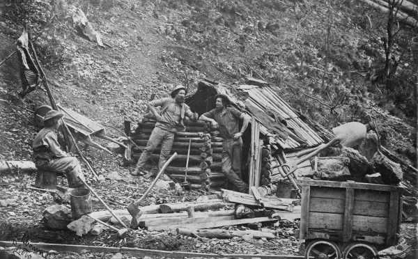Prospectors hut dargo
