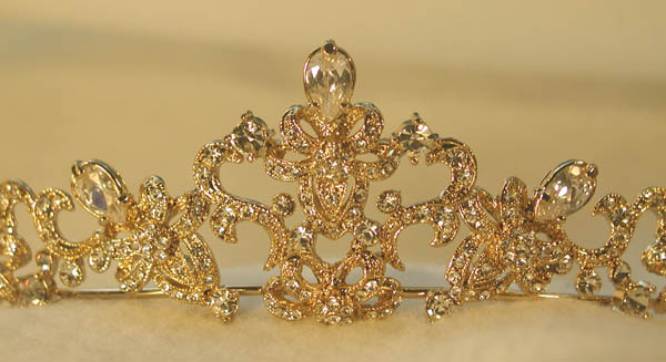 Tiara golden