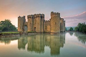Bodiam castle 10 my8 1197