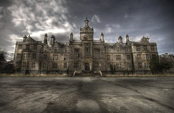 Britain insane asylum