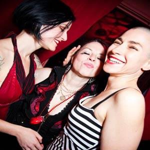 Velvet trio 300