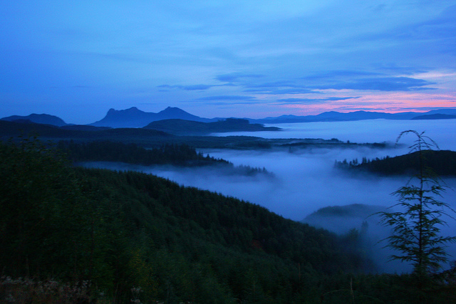 Fogscar mountains