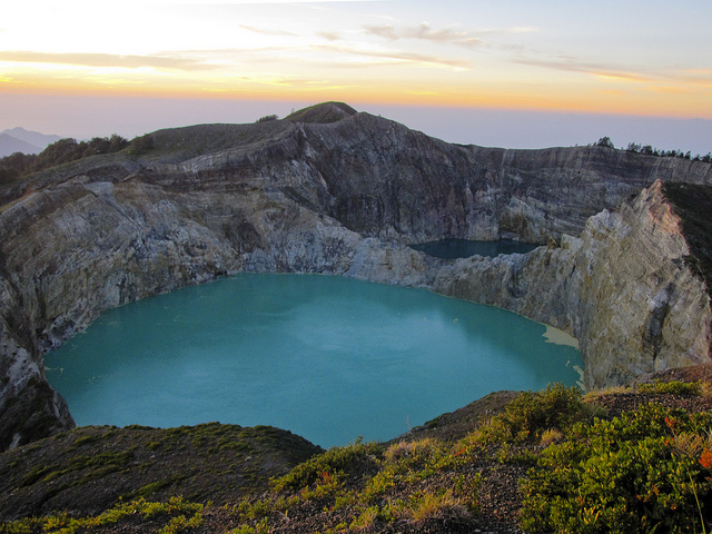 Urko volcanic lakes2