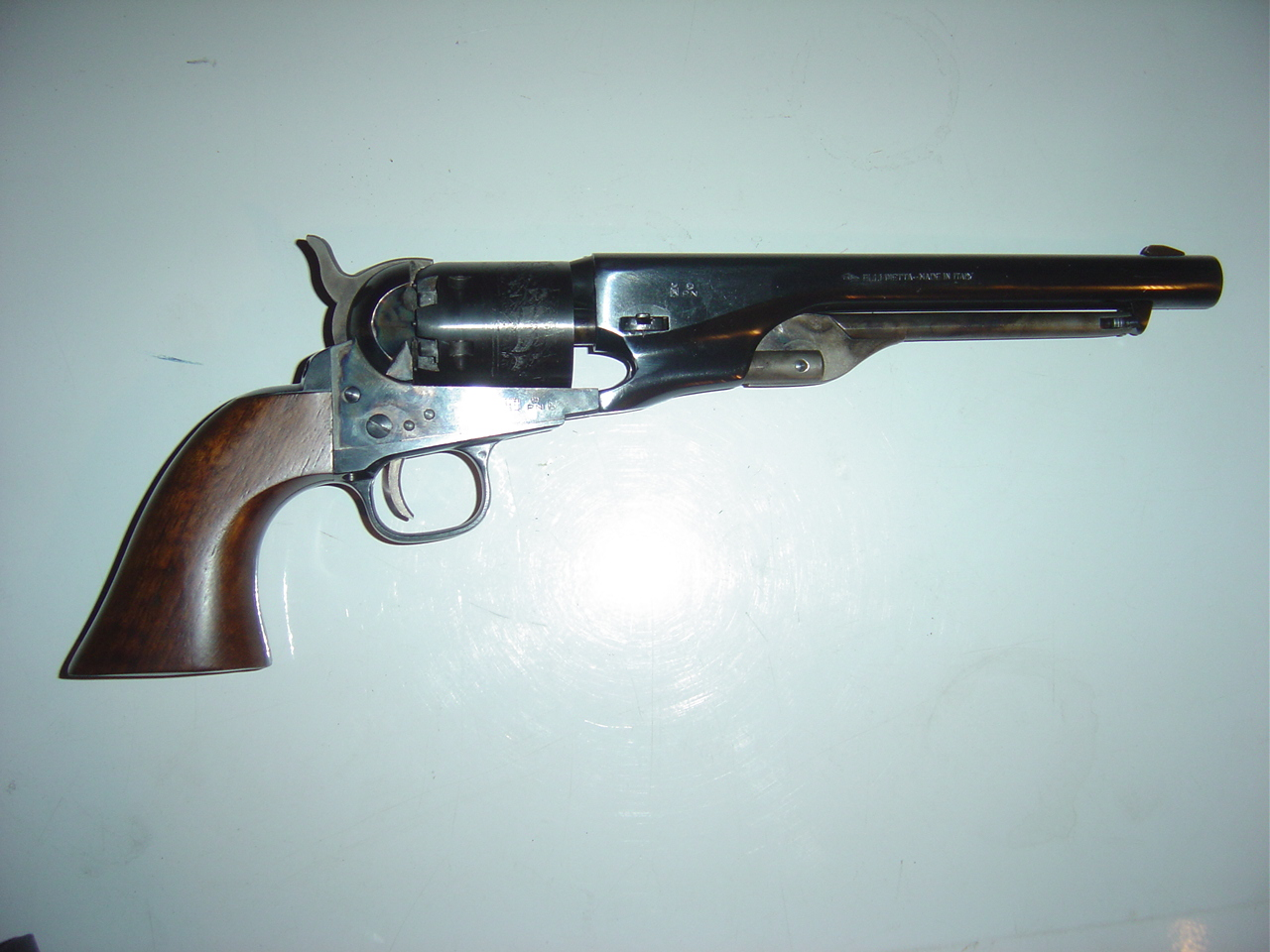 Colt m1860 navy revolver reproduction