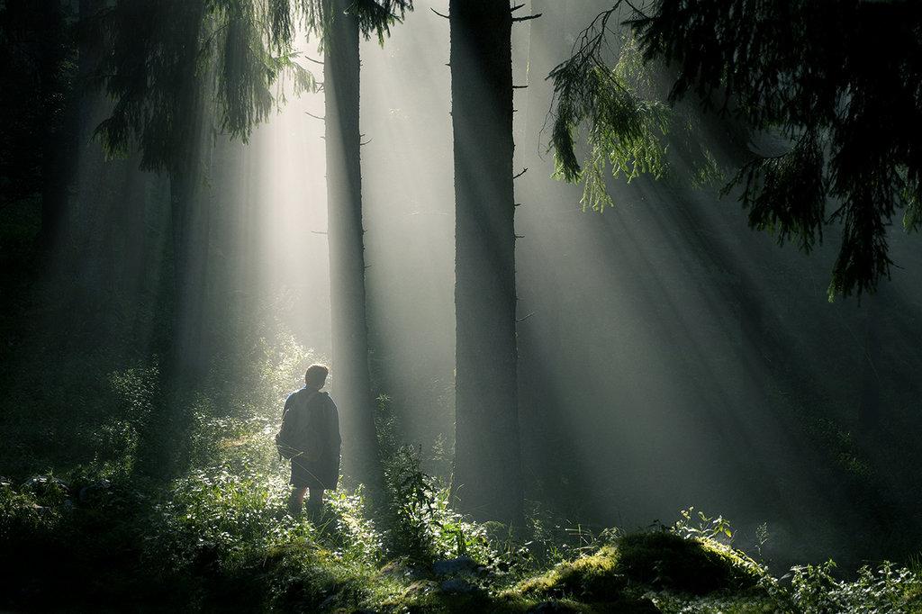 Light wanderer by federicomeuli d64uqbm