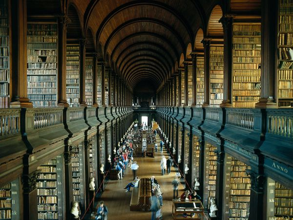 Old library trinitycollege 6791 600x450
