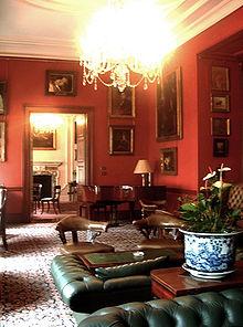 220px drawingroom