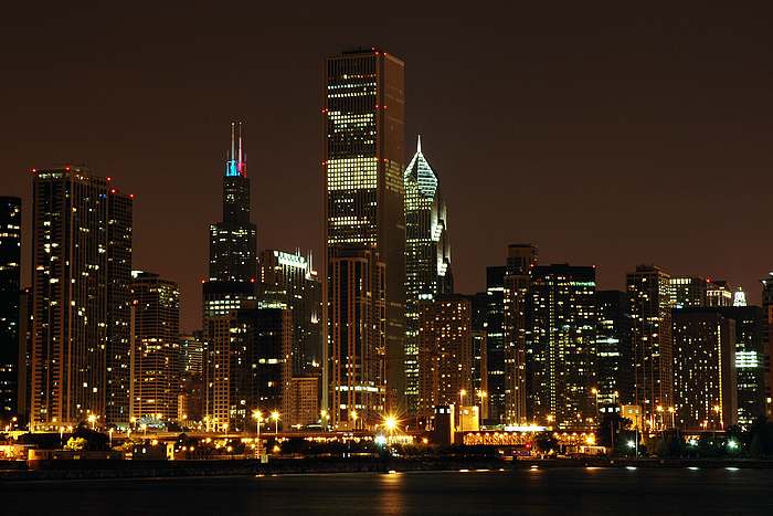 Images chicago 2005 chicago by night 2 700x700