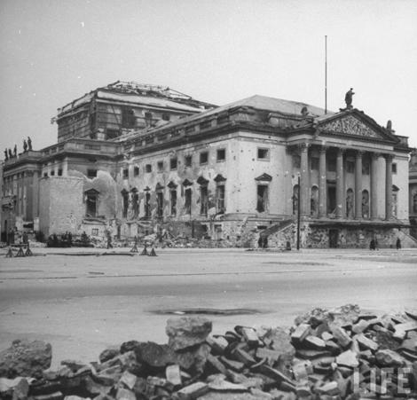 Berlin staatsoper unter den linden1