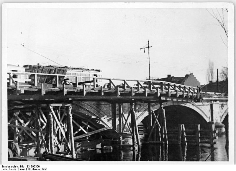Bundesarchiv bild 183 s92350  berlin  dammbr cke  wiederaufbau