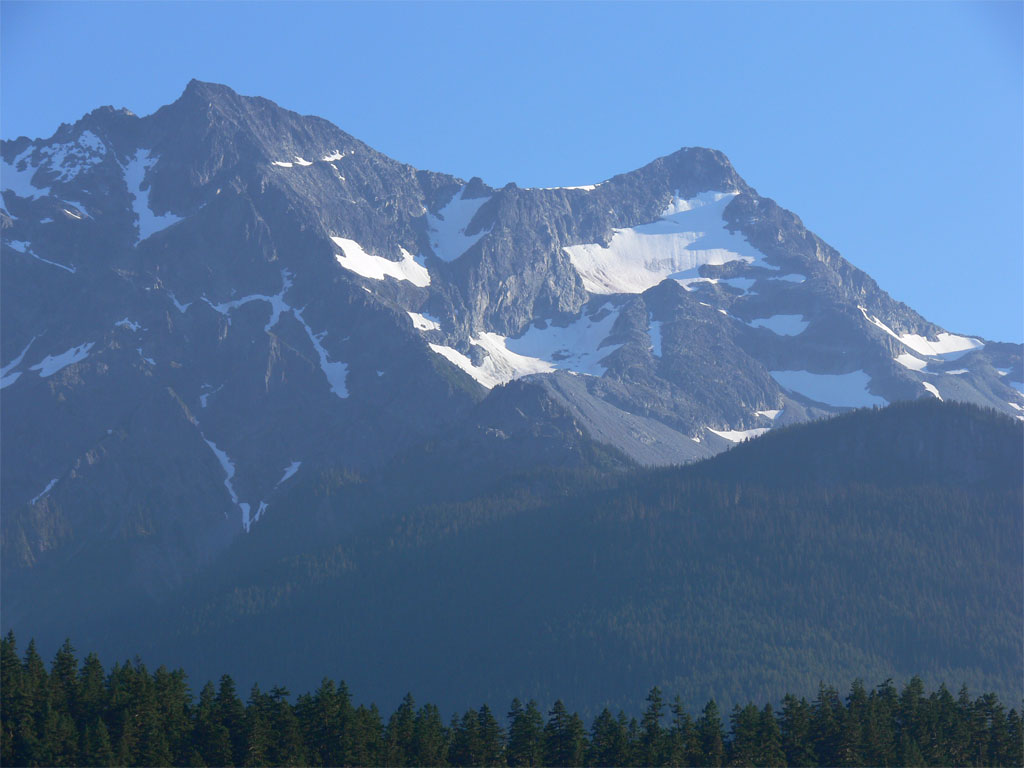 Grimwall Mountains