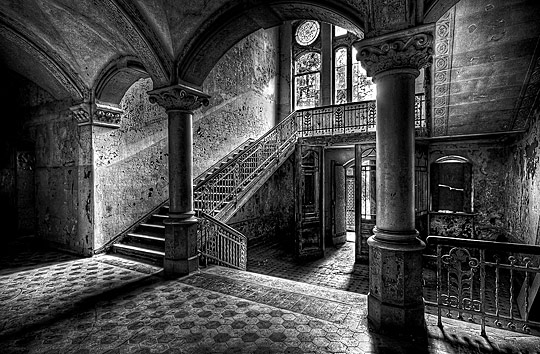 Wnętrze posiadłości Lorda