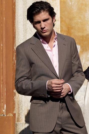Custom men business suit in wool
