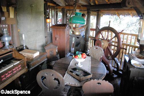 Ships wheel tavern